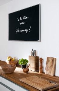 Infrarotheizung als Tafel in der Küche
