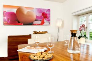 Infrarotheizung mit Bild im Wohnzimmer